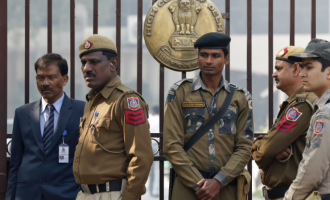 India arrests two Nigerians for forgery