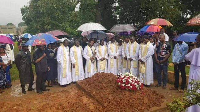 Tears as Abuja priest shot dead by robbers is buried