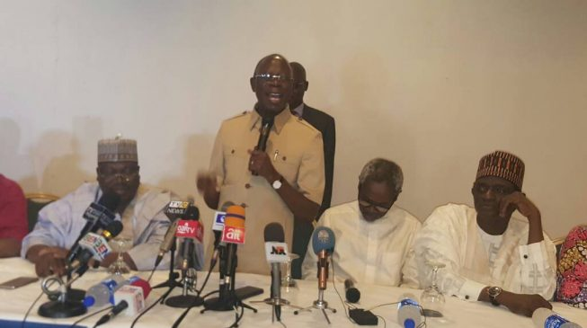 Make sure national assembly reconvenes, Oshiomhole tells APC lawmakers
