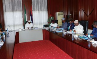 PHOTOS: Buhari summons service chiefs to Aso Rock