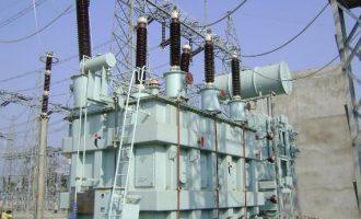 Fashola: Power generation has risen to 7,000 mega watts