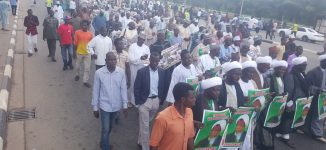 Shi'ites hit the street as Zakzaky spends 1000 days in detention