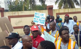 ASUU members storm Ambode's office over crisis in LASU