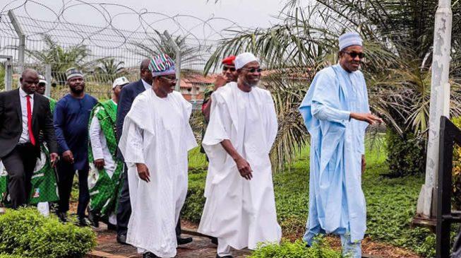 Buhari,13 APC governors storm Osun for Oyetola