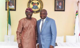 PHOTOS: Sanwo-Olu, Lagos APC leaders visit Ambode
