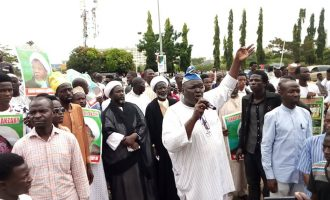 Shi'ites march to Aso Rock, ask Nigerians to send Buhari back to Daura