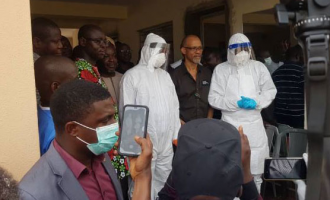 VIDEO: Sanwo-Olu fully kitted at Infectious Disease Hospital